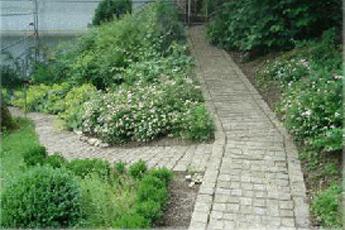 modagard_Gartengestaltung_mit_Granit_Granitwege_1079_bea_r1